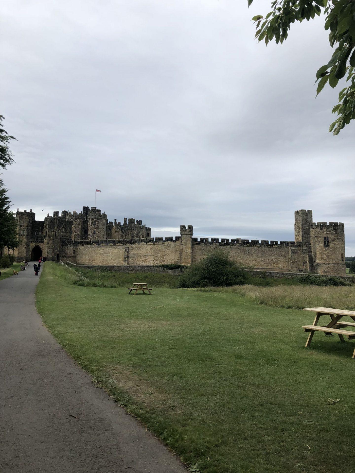 Alnwick Castle on WhatLauraLoves Blog