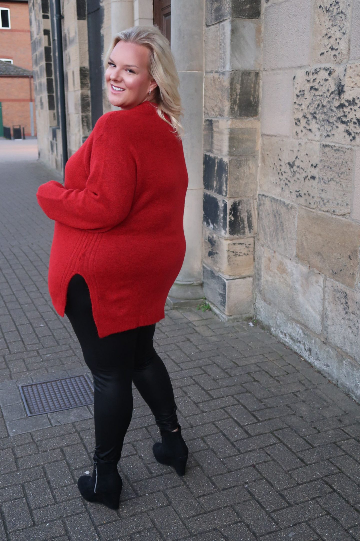WhatLauraLoves UK Plus Size Fashion Blogger In Curvissa Red Jumper