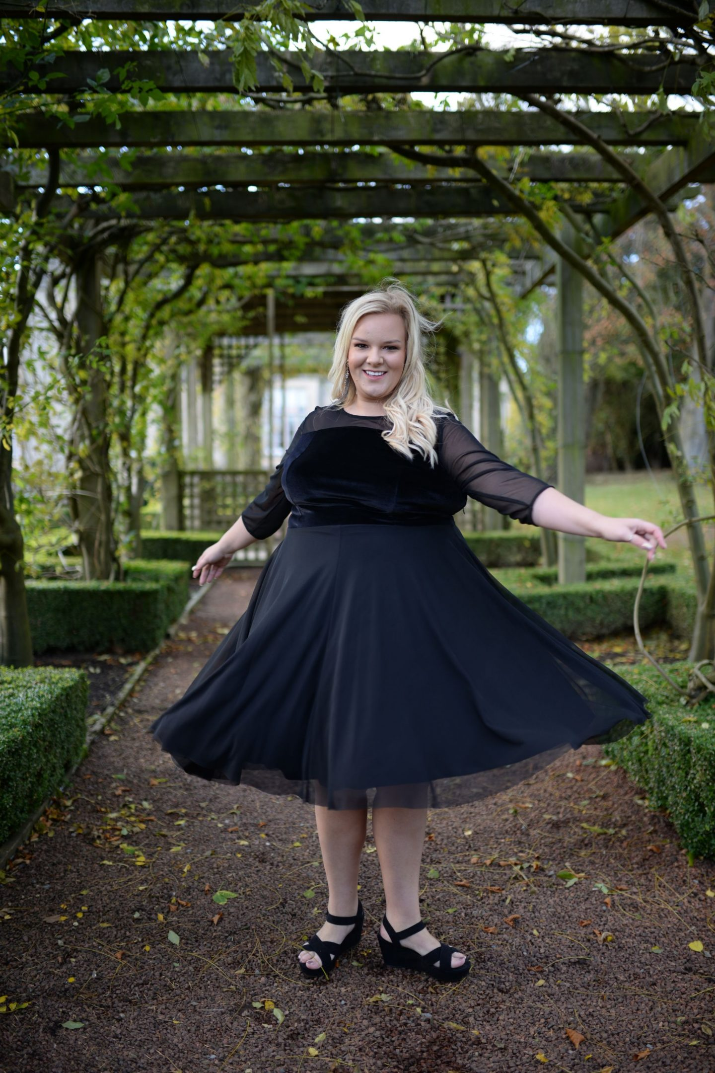 WhatLauraLoves Curvissa Plus Size Blogger at Matfen Hall