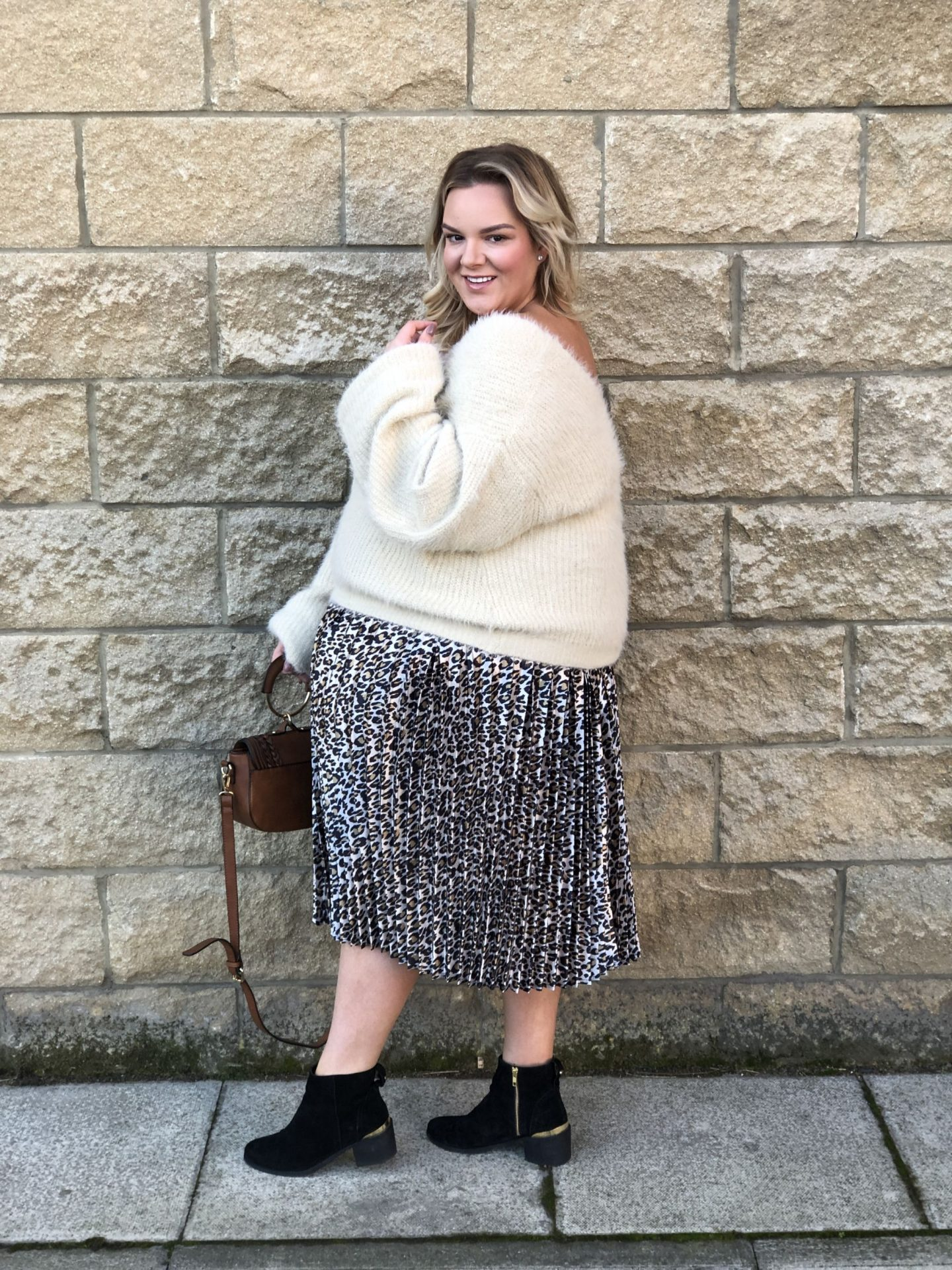 Pleated Midi Skirt Leopard Print PrettyLittleThing