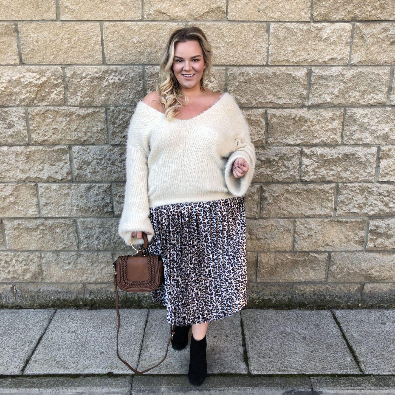 PrettyLittleThing Plus Size WhatLauraLoves Fashion Blogger
