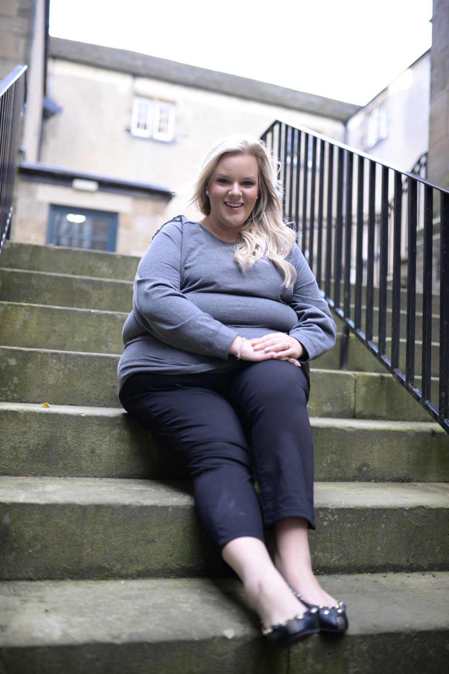 WhatLauraLoves Curvissa Plus Size Blogger