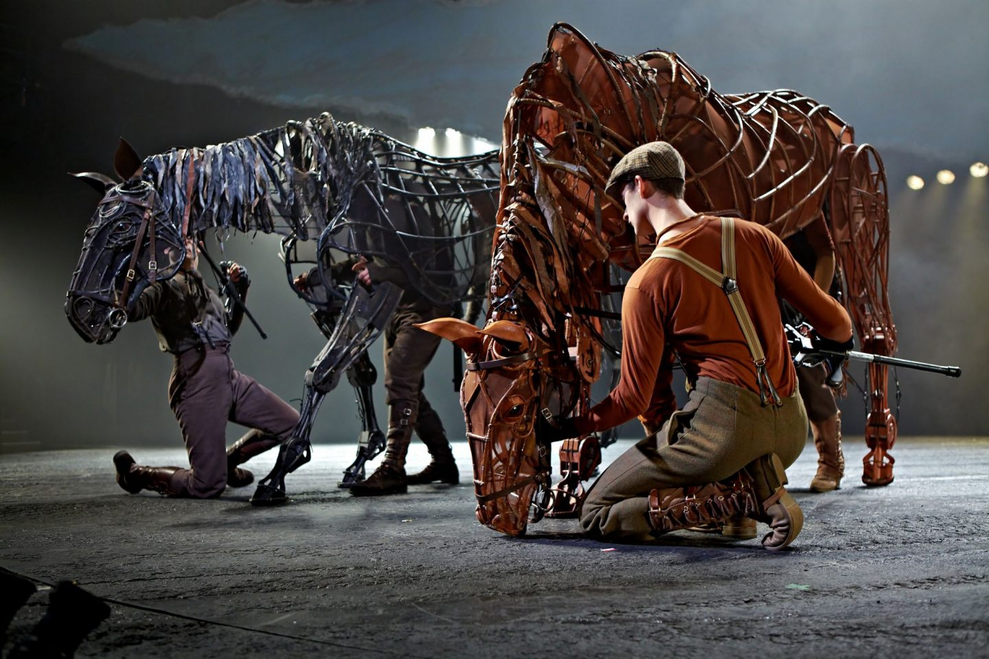 War Horse at the New London Theatre Photo by Brinkhoff Mögenburg 852-112