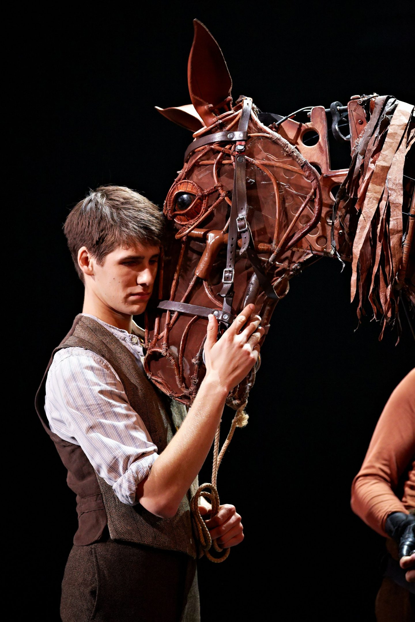 War Horse at the New London Theatre Photo by Brinkhoff Mögenburg 852-172