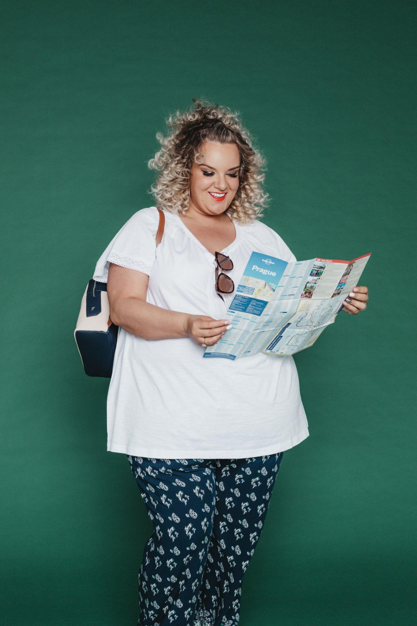 Curvissa WhatLauraLoves Plus Size Body Confidence Blogger