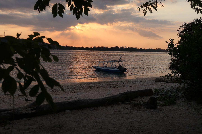 Walking Around Gili Meno Sunset WhatLauraLoves