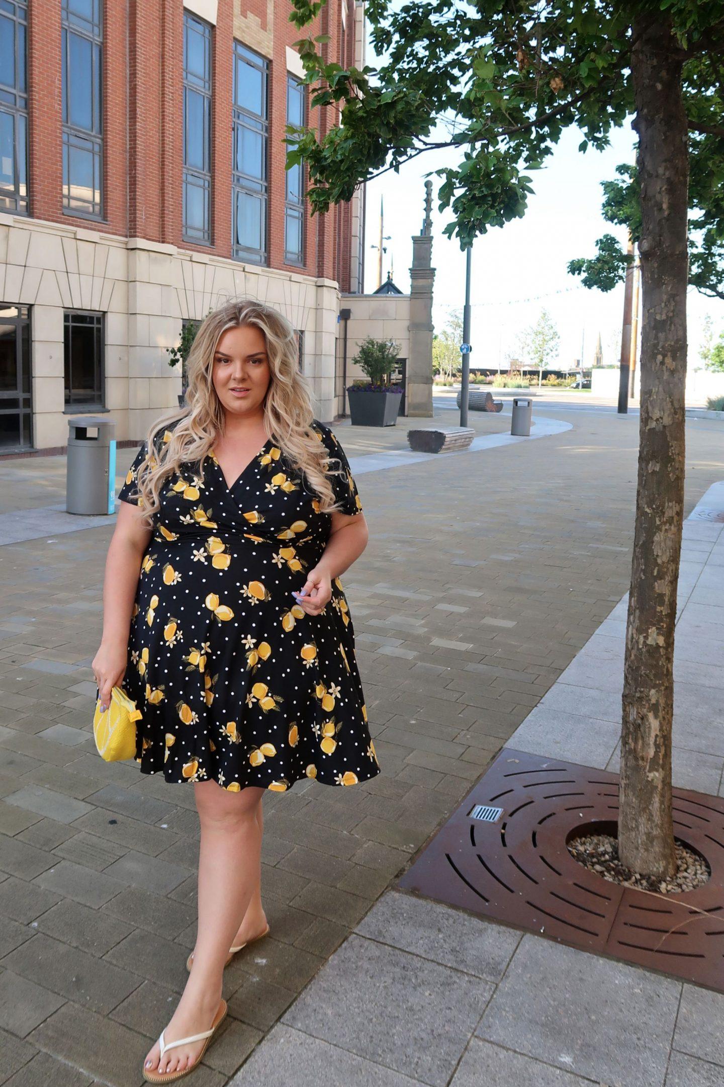WhatLauraLoves Plus Size Lemon Skater Dress